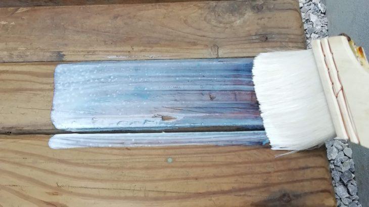 【DIY】キャンドゥ「水性ニス」の実力は!?レトロ木製チェアを塗装してみた